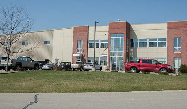 Photograph of the current Badger Custom Pallet facility.